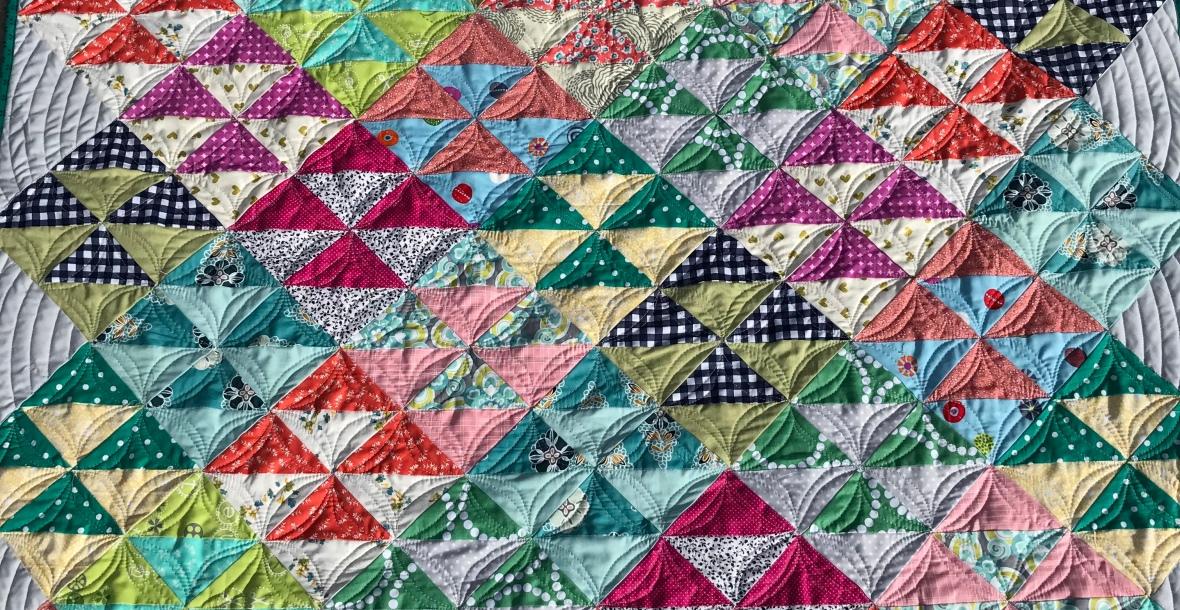 Margos scrappy HST baby quilt