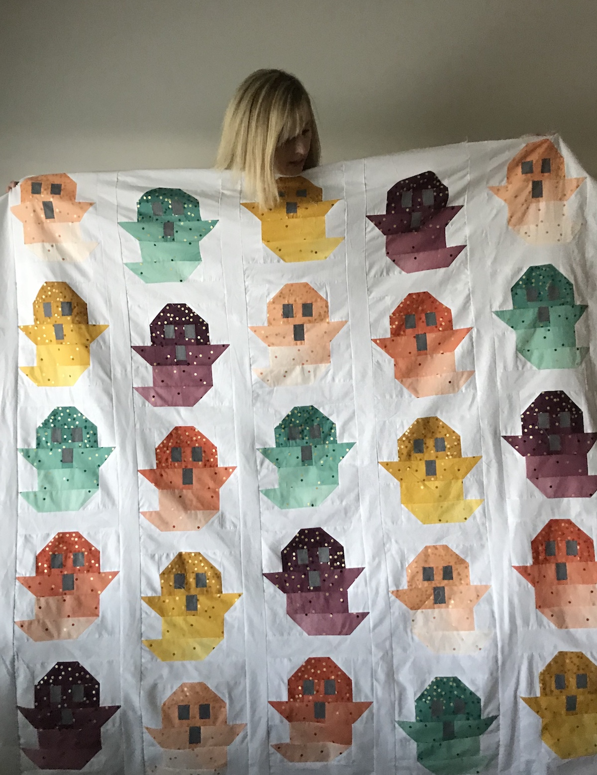 molly adores her ghost quilt top