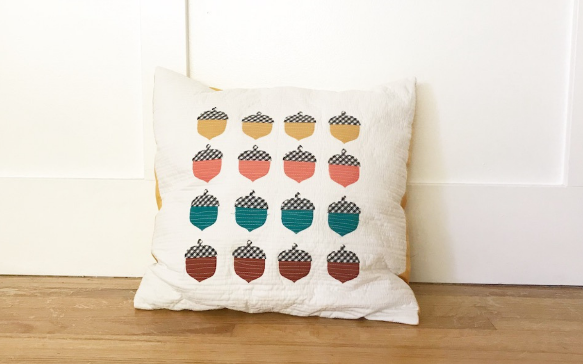 little acorn pillow tutorial silhouette
