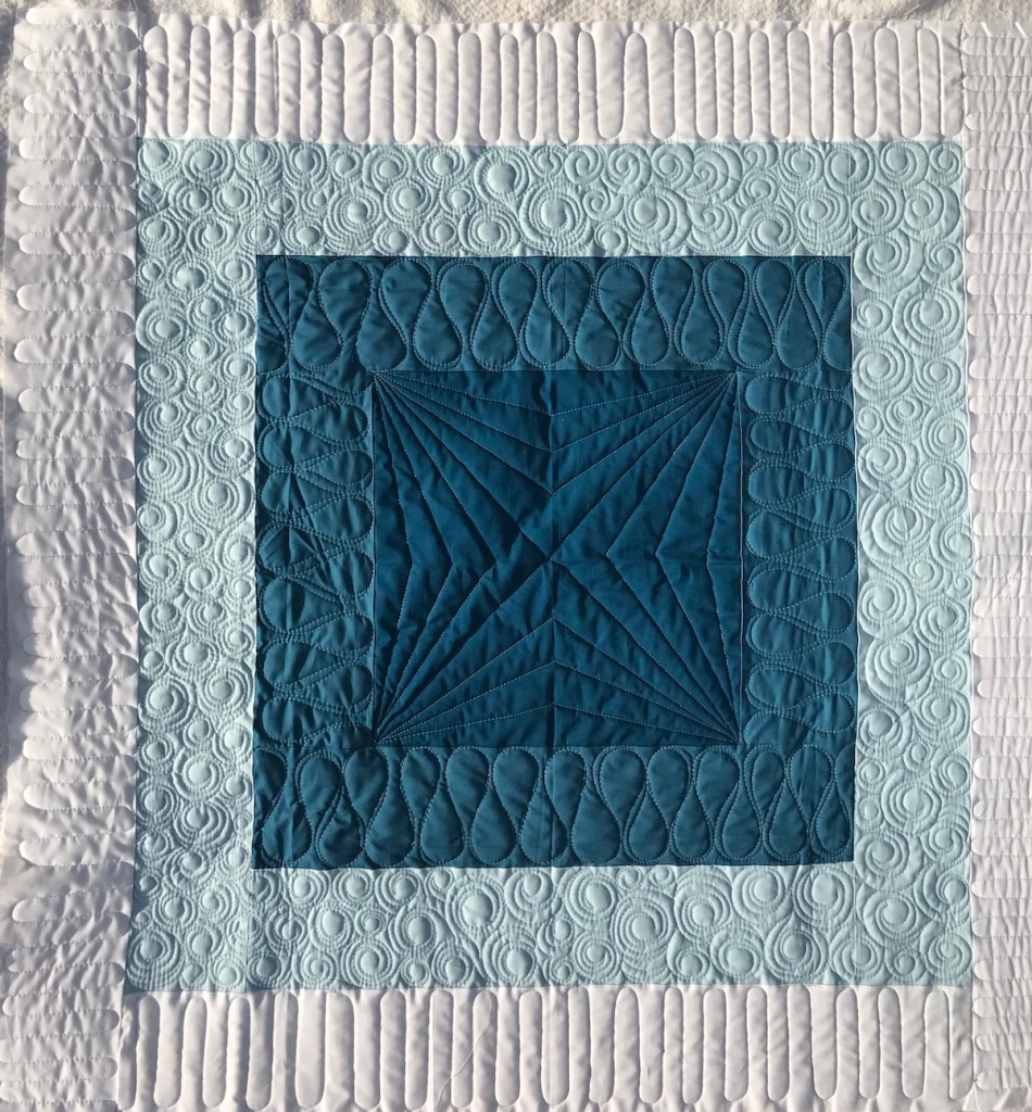 squared quilt initial k studio; custom longarm quilting by molly kohler of lovelythreads; modern baby quilt; ombre quilt; quilt texture