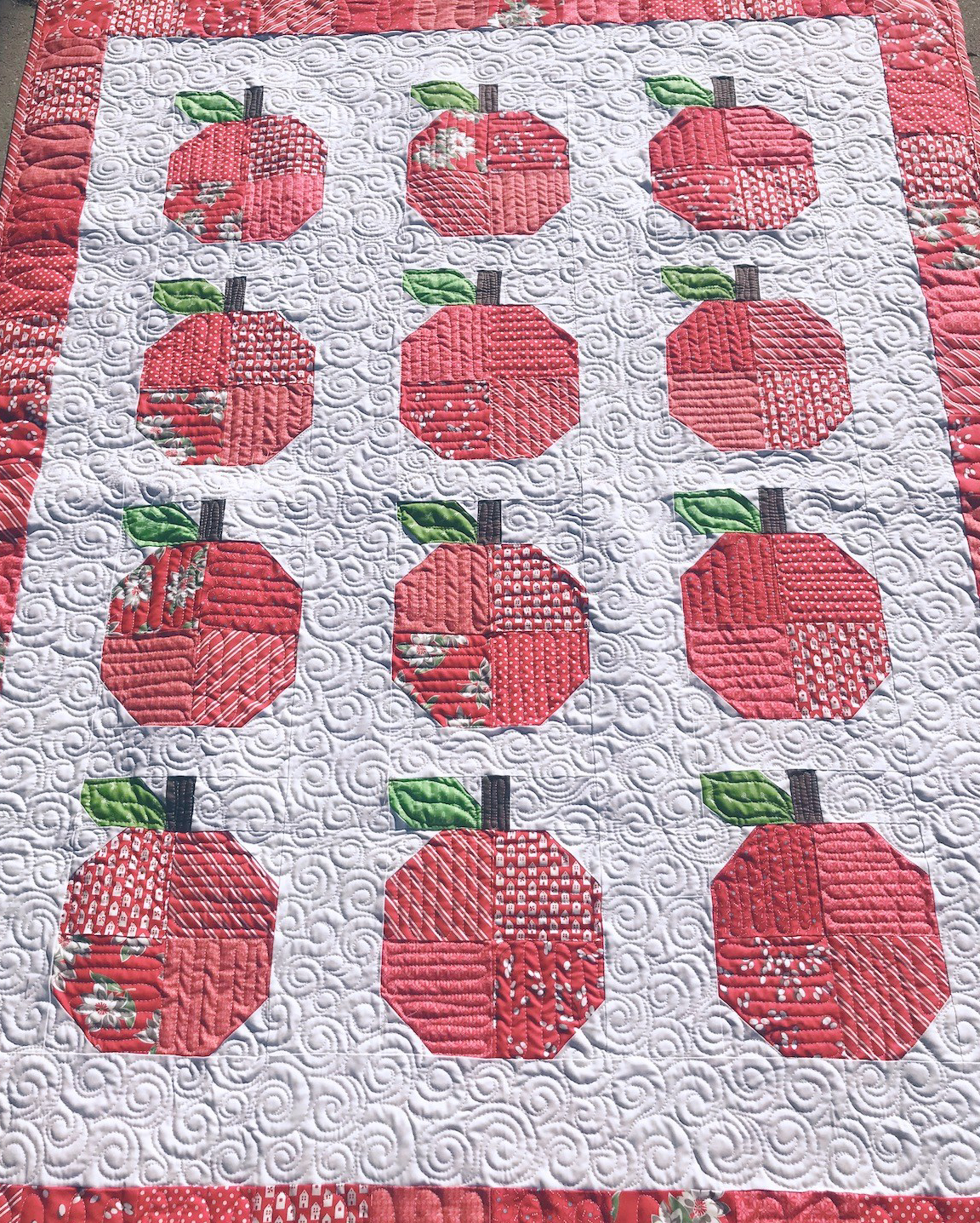 sweet apple quilt block